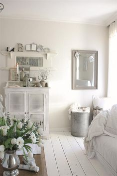 White rooms are potential 'shabby' Home Interior, Interior Design, White Cottage, Rustic Cottage, White Rooms, White Bedroom, White Houses, White Decor, Home And Living