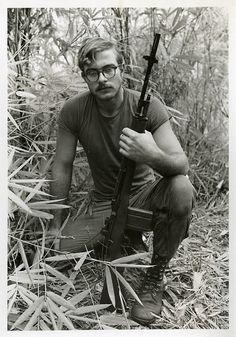 A U.S. soldier in Vietnam, 1970/71. Photo by Stephen H. Warner. ~ Vietnam War