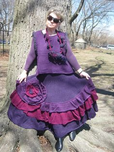 Handmade knitting purple skirt and sleeveless tunic with necklace