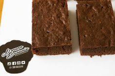 Listos los brownies!!! Rellenos de Nutella Arequipe o Salsa de Mora Pedidos vía Whatsapp al 3208322104 o por inbox. #brownieriamorenobrownie#brownieriambulante#brownies#browniescontoppings#chocolate#chocolatelover#coffee#repostería#sweet#love#artesanal#artesano#homebaking#homemadefood#foodclean#foodbike#bike#emprendimiento#motivation#ideas#bogotá#teusaquillo#colombia