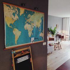 Vintage world map in my kitchen. www.dutchlivings.blogspot.nl