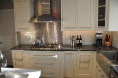 Credence de cuisine en mosaique en inox