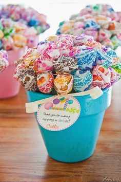 We have some dum dums! lollipop bouquets nestled in little painted pots--perfect party favors! Lollipop Party, Candy Land Party, Lollipop Bouquet, Lollipop Birthday, Candy Bouquet, Fiesta Baby Shower, Baby Shower Parties, Baby Shower Party Favors, Cheap Baby Shower Decorations