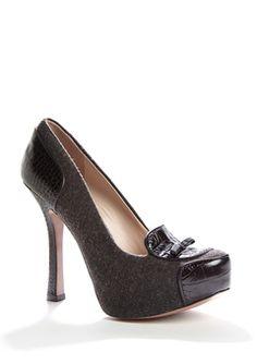 Shoe porn, my favorite kind.