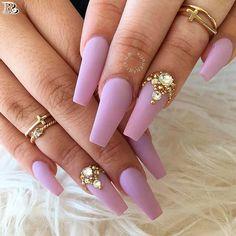 30 Stunning and Amazing Pink Acrylic Nails - Reny styles