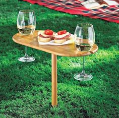 22 Picks for the Perfect Picnic Party via Brit + Co.