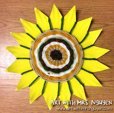 Radial Plate Weaving - Art with Mrs. Classroom Art Projects, School Art Projects, Art Classroom, 3rd Grade Art Lesson, 4th Grade Art, Weaving For Kids, Weaving Art, Navajo Art, Spring Art