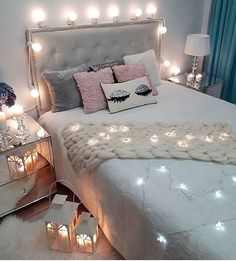 Teen Girl Bedrooms comfy decor - Most vibrant decorating tricks. Sectioned at teen girl bedrooms small space , pinned on this perfect moment 20190717 Blue Teen Girl Bedroom, Girl Room, Dream Rooms, Dream Bedroom, Master Bedroom, Bedroom Themes, Bedroom Decor, Bedroom Ideas, Bedroom Inspo