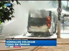 Galdino Saquarema Noticia: Ônibus é incendiado no interior de SP