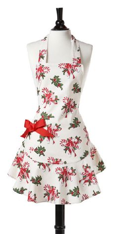 Such a pretty Christmas apron.