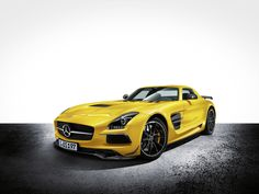2013 Mercedes-Benz SLS AMG Coupe Black Series - Static Yellow
