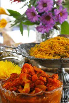 Afghan tomato-cauliflower curry