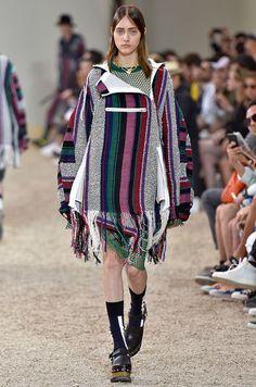 Kenzo, Dior ou encore Balmain clôturaient ce week-end les présentations masculines de la mode à Paris. Entre tendances ethniques et esprit romantique,...