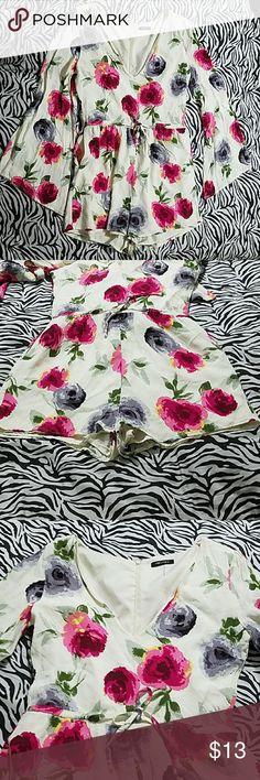 Forever 21 romper Forever 21 romper En shell: 100% viscose lining :100% Polyester.. Never been used excellent condition ?? ??? Forever 21 Dresses