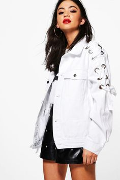 boohoo Erin Lace Up+Eyelet Oversize white Denim Jacket Denim And Lace, White Denim, Oversized Denim Jacket, Faux Fur Jacket, Rain Jacket, Bomber Jacket, Winter Outfits Women, Winter Coats Women, Style Sportif