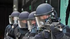 Cop police policeman uniform Polizei swat sek mek polizist