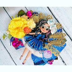 Moño tradiciones catrina azul diva pavorreal México bincha moño Balerina, Diy Bow, Baby Headbands, Abundance, Princess Zelda, Bows, Fictional Characters, Art, Cold Porcelain