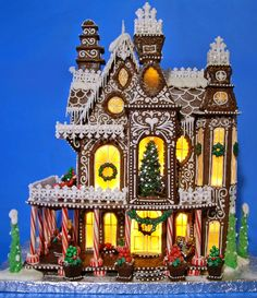 We have seen some amazing gingerbread houses in our previous post here . Check some more gorgeous gingerbread houses ever created.         ...