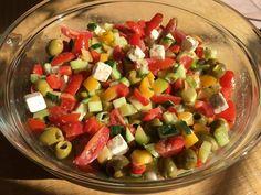 Sommerlicher Salat, ein gutes Rezept mit Bild aus der Kategorie Gemüse. 62 Bewertungen: Ø 4,6. Tags: Eier oder Käse, einfach, Gemüse, Party, Salat, Schnell, Sommer, Vegetarisch