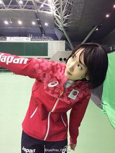 新垣結衣 - Twitter検索 Asian Woman, Asian Girl, Beautiful Asian Women, Cool Girl, Leather Jacket, Actresses, Aragaki Yui, Portrait, My Style