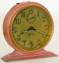 Vintage clock.  love the color