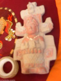 DIVINIDAD MEJICO,,,REPRODUCCION ARQUEOLOGICA.EXVOTO RARO..  http://www.ebay.es/itm/DIVINIDAD-MEJICO-REPRODUCCION-ARQUEOLOGICA-EXVOTO-RARO-/181404229439?pt=LH_DefaultDomain_186&hash=item2a3c88df3f