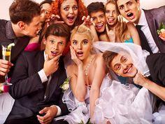Ô coisa difícil e que dá dor de cabeça...lista de convidados! No post conto como você pode escapar quando uma pessoa te pergunta se vai na festa de casamento!