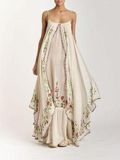 Wedding Boho Chic Dress Gowns Ideas For 2019 Boho Fashion, Fashion Dresses, Womens Fashion, Fashion Design, Unique Fashion, Gypsy Style, Bohemian Style, Boho Hippie, Hippie Masa