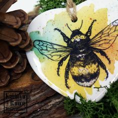 Watercolour Drawings, Watercolor And Ink, Letterbox Gifts, Unique Drawings, Bee Gifts, Wildlife Nature, Ceramic Decor, Ink Painting, Little Gifts