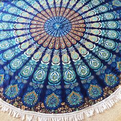 These beautifulhand printed mandala roundies are made of 100% cotton, hand printed with vegetable dyes. Perfectforpicnics, beach adventures,road trips and to wrap around you while watching the sunset. Full size mandala roundie with white tassels – 185 x 185cm 100% cotton 100% vegan dyes Ethically sourced, Made in India Please note that the roundiesare handmade …