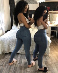 Image could contain: 1 person Best Picture For body goals curvy For Your Taste You are looking for s Best Friend Outfits, Best Casual Outfits, Cute Outfits, Girl Outfits, Fashion Outfits, 30 Outfits, Jean Outfits, Dress Outfits, Best Jeans