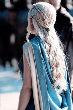 hair mine still game of thrones 10000 braids got emilia clarke daenerys targaryen Khaleesi gotedit mine:still gotdaenerystargaryen My Hairstyle, Braided Hairstyles, Wedding Hairstyles, Cool Hairstyles, Hairstyle Ideas, Khaleesi Hairstyle, Hairstyles Haircuts, Summer Hairstyles, Emilia Clarke Daenerys Targaryen