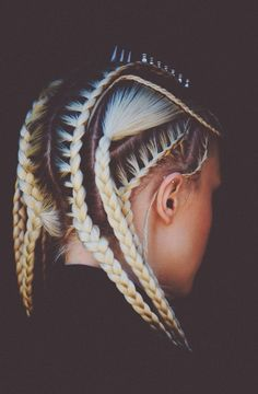 Hair braids with roots Dyed Natural Hair, Dyed Hair, Natural Hair Styles, Long Hair Styles, Natural Afro Hairstyles, Braided Hairstyles, Cool Hairstyles, Kendall Jenner Piercings