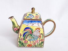 Charlotte di Vita rooster teapot available at Nivag Collectables