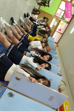 Pop Idol, Kim Min, Group Photos, Female Singers, My Memory, Fandom, Mini Albums, Girl Group, Kpop