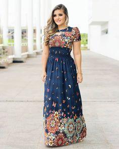 Minus the neck cutout Dressy Dresses, Modest Dresses, Modest Outfits, Stylish Dresses, Modest Fashion, Cute Dresses, Fashion Dresses, Summer Dresses, Beautiful Dress Designs