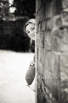 that is really cute having the belly peak behind a wall!  I may steal this idea once I show more ;)