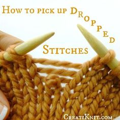 How to pick up dropped stitches in Knitting - Best Knitting Pattern Knitting Basics, Knitting Help, Knitting For Beginners, Loom Knitting, Knitting Stitches, Knitting Tutorials, Knitting Ideas, Diy Knitting Needles, Knitting Machine