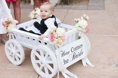 Love it, saw it on https://weddingful.com #wedding #weddingphotos
