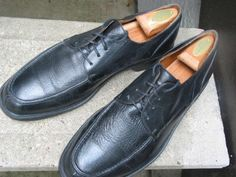 BOSTONIAN Mens Used Black Leather Oxfords 11 M by VintageClassicWares on Etsy https://www.etsy.com/listing/480864762/bostonian-mens-used-black-leather