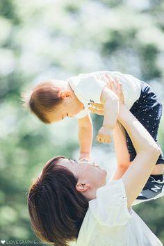 Naoki × Arina × Rui | 家族写真(ファミリーフォト) Baby Photos, Family Photos, Couple Photos, Japanese Babies, Family Potrait, Kids Web, Half Birthday, Happy Together, Cute Family
