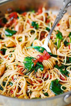 Jump to Recipe Print RecipeChicken Spaghetti Pasta with Spinach and Tomatoes – easy and delicious way to cook spaghetti with fresh vegetables! This Chicken Spaghetti has a good variety of fresh ingredients:  spinach, tomatoes, basil, garlic.  Add chicken, sun-dried tomatoes and good quality olive oil to the mix – and you get a healthy, light,...Read More