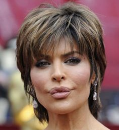 Chatter Busy: Lisa Rinna Lips Before And After Natural Skin Care …. Chatter Busy: Lisa Rinna Lips Before And After Short Shag Hairstyles, Short Layered Haircuts, Short Hairstyles For Women, Wig Hairstyles, Black Hairstyles, Straight Layered Hair, Short Hair With Layers, Short Hair Cuts For Women, Lisa Rinna