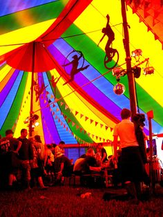 look at the silhouettes of the tight rope walkers and trapeze artists - cute idea