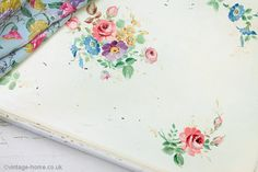 Vintage Home Shop - Beautiful Hand Painted Floral Vintage Table: www.vintage-home.co.uk