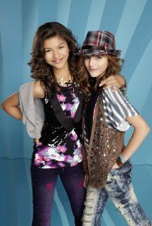 Shake it ups Bella and zendaya