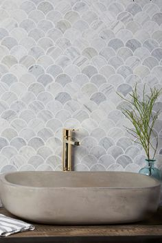 Offering instant wow factor for bathrooms and kitchens, our Waldorf Silver Blue Limestone Scallop combines natural organic stone with an on-trend scallop tile. Scallop Tiles, Wow Factor, Commercial Interiors, Mosaic Tiles, Natural Stones, Bathrooms, Kitchens, Artisan, Organic