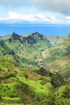 Such a beautiful landscape in Santiago Island, Cape Verde. Cabo, Anta, Cap Vert, Le Cap, West Africa, Tanzania, Beautiful Landscapes, Morocco, Grand Canyon