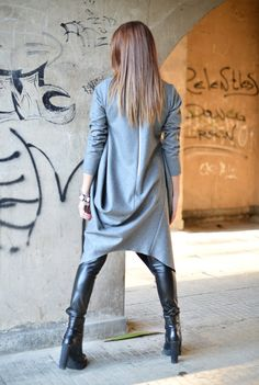 Casual Grey Wool Cashmere dress Extravagant dress with Maxi fit. Asymmetric extravagant warm long sleeves Dress for everyone who want to be different. Warm and soft feeling. Elegant kaftan dress for every day. CLICK Button 📍+ MORE📍to 🔍 View full SIZE CHART: ⬇️⬇️⬇️ Available Size: XS, S, M,