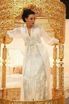 White bridal moroccan caftan